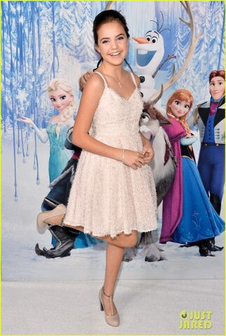 File:Neil-patrick-harris-frozen-premiere-with-the-family-04.jpg