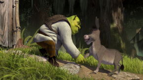 Shrek apologizes to Donkey