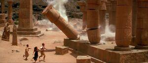 Rick and Company escapes Hamunaptra