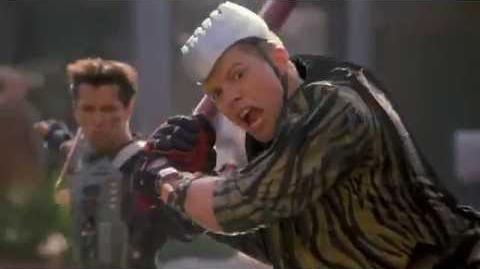 Back to the Future - PART II - The Future - Hoverboard Chase -