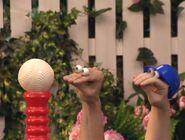 Oobi Kako Play Ball! Scene 1