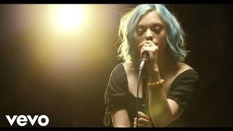 Hey Violet - Close My Eyes (Live From Capitol Studios)