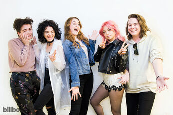 02-Hey-Violet-Artist-Visit-bb14-2017-a-billboard-1548