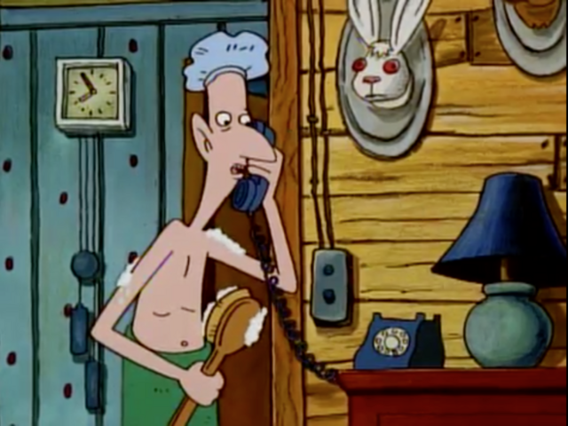 File:Stinky on the Phone.png