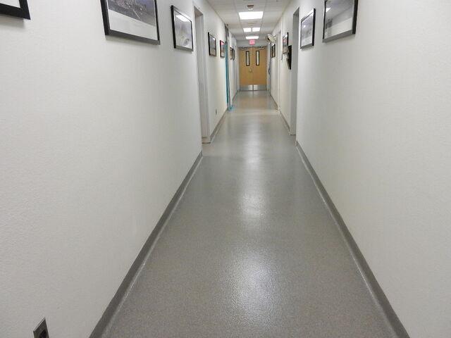 File:Walkway,hospital.jpg