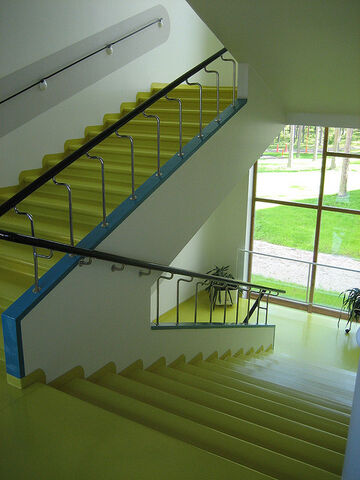 File:Hospital Stairwell.jpg