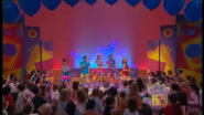 Hi-5 Rainbow 'Round The World 8