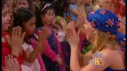 Charli, Kellie & Kids Hand In Hand