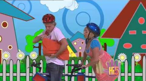 Hi-5 Series 10, Episode 40 (Sending messages)
