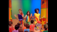 Hi-5 Living In A Rainbow USA 12