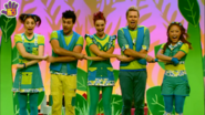 Hi-5 Dance With The Dinosaurs 8