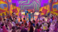Hi-5 The Best Things In Life Are Free 10