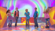 Hi-5 The Best Things In Life Are Free 12