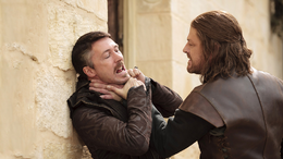 Petyr y Eddard HBO