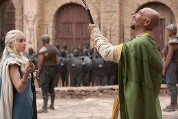 Daenerys Kraznys acuerdo HBO