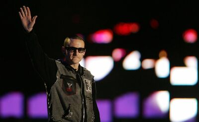 Chester bennington linkin park 1 0