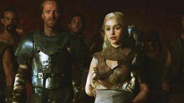 Jorah, Daenerys y dragones HBO