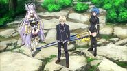 Yuuto together with Xenovia and Rossweisse to fight Saira