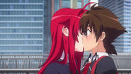 Rias kissing Issei before his departure