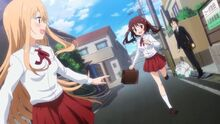 Umaru and Ebina run off to school