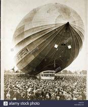 Zeppelin-D6MF0P