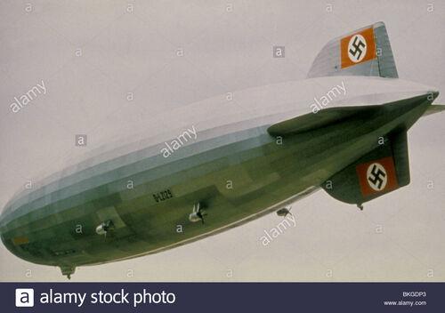 The-hindenburg-1975-BKGDP3