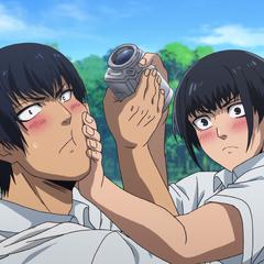 Batbayar & Shintarou argue who will give Shidō the video.
