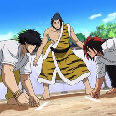 Hinomaru & Tenma in an amateur sumo contest.