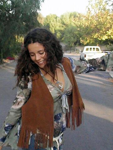 File:Hippie girl fringe.jpg