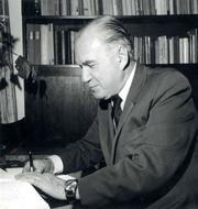 Prof.Dr.Ihab.stván Csapláros