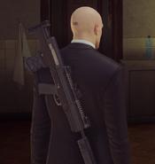 TAC-4 SA за спиной ГГ