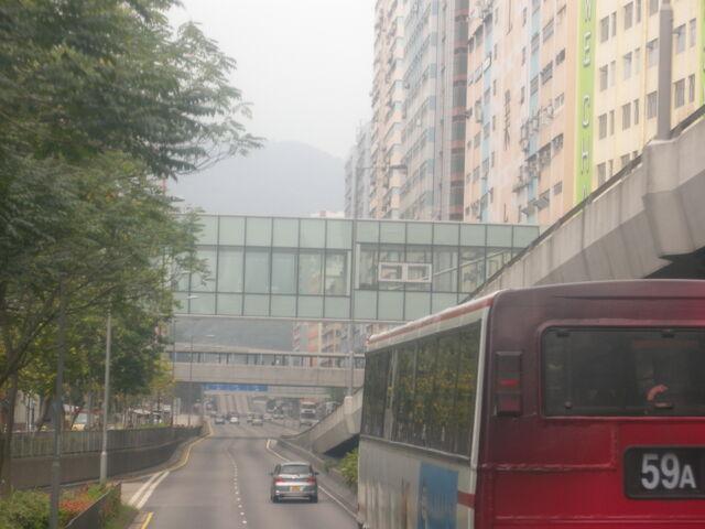 檔案:20120404 kwai chung road.JPG