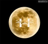 Hw-moon2