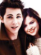 Selena-gomez-and-logan-lerman-5
