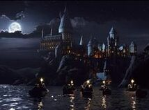 Hogwarts boats 1