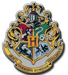 250px-Hogwarts coa
