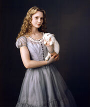Alice-mia-wasikowska-in-alice-in-wonderland vf