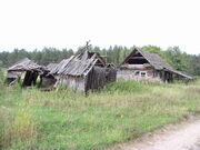 Belarus-minsk province-abandoned house-1