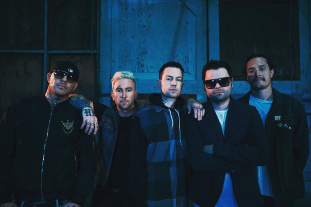 File:Hollywood Undead Unmasked.png