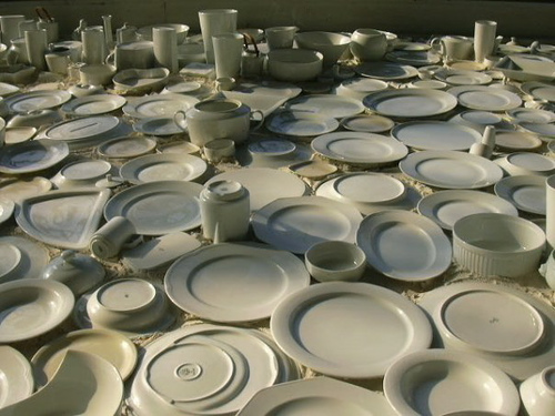 File:Dishes.jpg