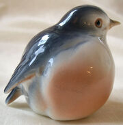 Pair of bluebird salt & pepper shakers