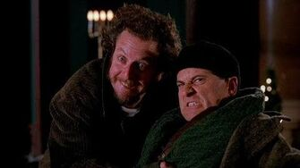 Hey, guys! Smile! - Home Alone 2 (1992)