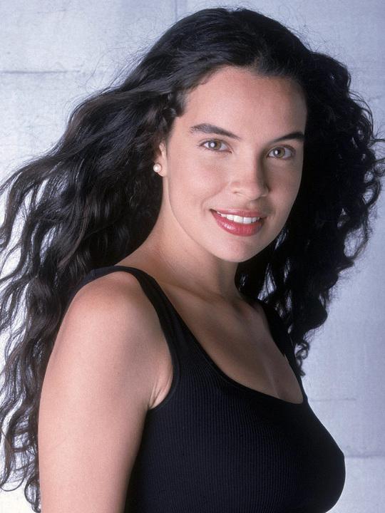 Zuleikha Robinson