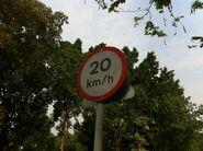加州花園大道限速20指示牌