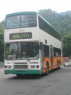 LA8 694