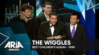 The Wiggles win Best Children's Record 1998 ARIA Awards-2
