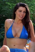 Janet-in-Wrong-Turn-3-janet-montgomery-12413739-853-480-2