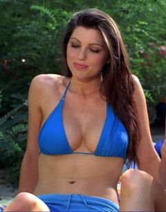 Louise-Cliffe-nude-topless-Wrong-Turn-3-Left-for-Dead-2009-HD-1080p-0001