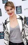 Shailene-woodley-the-fault-in-our-stars-fan-event-in-nashville-may-2014 1