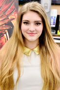 Willow+Shields+Hunger+Games+Catching+Fire+Ot6 T0jZVC5l